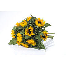 Bright Sunflower Bouquet: Mother's Day Gifts to New Zealand