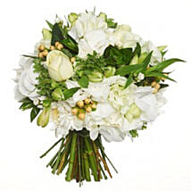 Fresh White Posy: Mother's Day Gifts to New Zealand
