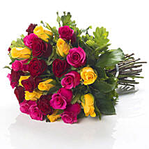 Mixed Roses Bouquet: Romantic Gifts to New Zealand
