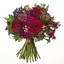 Red Ruby Posy: Congratulations Flowers to New Zealand