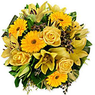 Treasure Chestpak pak: Send Flowers to Pakistan