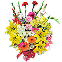 Evening Elegance qat: Anniversary Flower Delivery Qatar