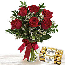 Roses And Chocolates: Valentine's Day Gift Delivery in Qatar