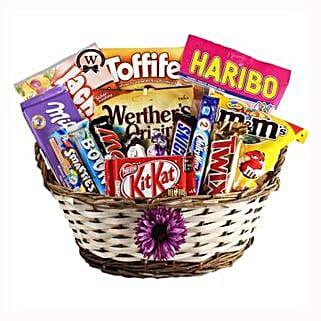Best Treats Basket: Send Gifts to Spain