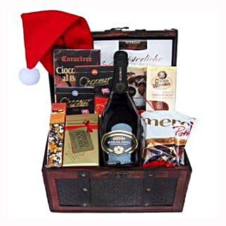 Ravishing Success Christmas Gift Basket: Gifts to Spain