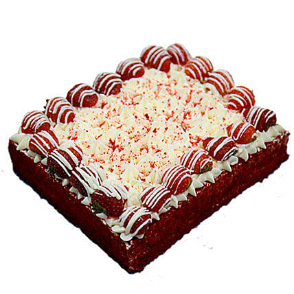 4 Portion Red Velvet Enticing Cake