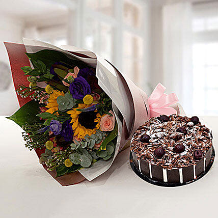 Alluring Flower Bouquet With Blackforest Cake