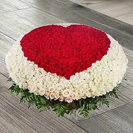 Red N White Roses Basket
