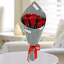12 Love Red Roses Bunch: Valentine's Day Flowers to UAE