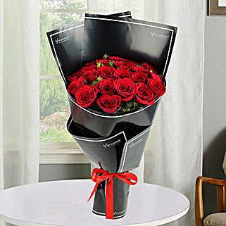 2 Dozen Red Roses Bunch: Valentine's Day Flowers to UAE