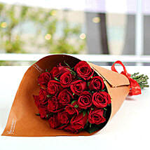 20 Red Roses Bunch: Valentine's Day Flower Delivery in UAE