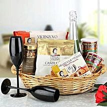 Cheers to Love: Send Gift Hampers to Dubai