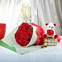 Cute Gift Hamper For U: Valentine's Day Flower Delivery in UAE