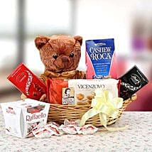 Expression of Love: Send Gift Hampers to Dubai
