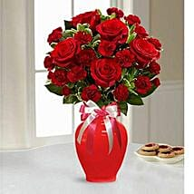 Lovely Arrangement: Valentine's Day Flower Delivery in UAE