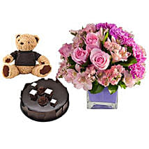 Perfect Trio: Anniversary Flowers and Cakes to UAE