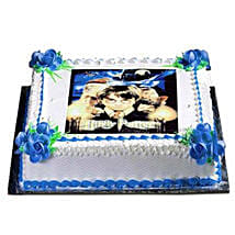 Photo Cake: Send Personalised Gifts to UAE