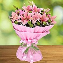 Pink Beauty: Send Birthday Flowers to UAE