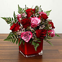 Red and Pink Roses In A Vase: Valentine's Day Flower Delivery in UAE