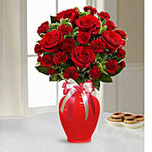 Sweethearts Bouquet: Rose Day Gift Delivery in UAE