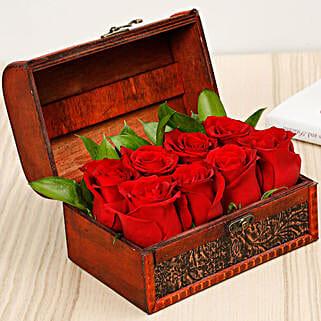 Treasured Roses: Send Anniversary Flowers to UAE