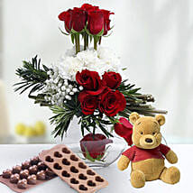Valentine Rose Combo: Send Flowers to UAE