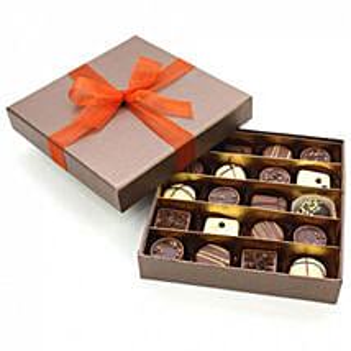 Selected Belgian Chocolates16: Valentine's Day Chocolates UK