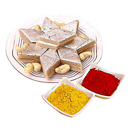 Kaju Barfi with 100gms of Gulal