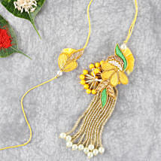 Bright And Beautiful Lumba Rakhi Set: Bhaiya Bhabhi Rakhi to USA