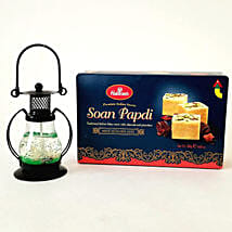 Designer Lantern & Soan Papdi Combo: Send Diwali Gifts to Chicago