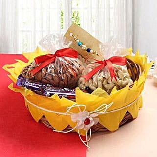 Heavy Rakhi Hamper: Send Rakhi & Chocolates to USA