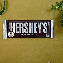 Hersheys Munchy Chocolate: Send Chocolates to USA