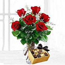 Six Red Roses With Chocolates: Friendship Day Flowers to USA