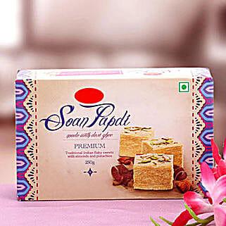 Soan Papdi 250 Grams: Send Diwali Gifts to USA