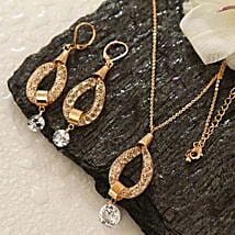 Wear With Smile: Send Jewellery to USA